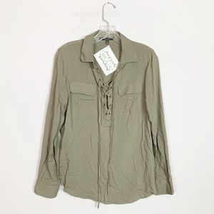 Romeo + Juliet Couture | army green lace up top M